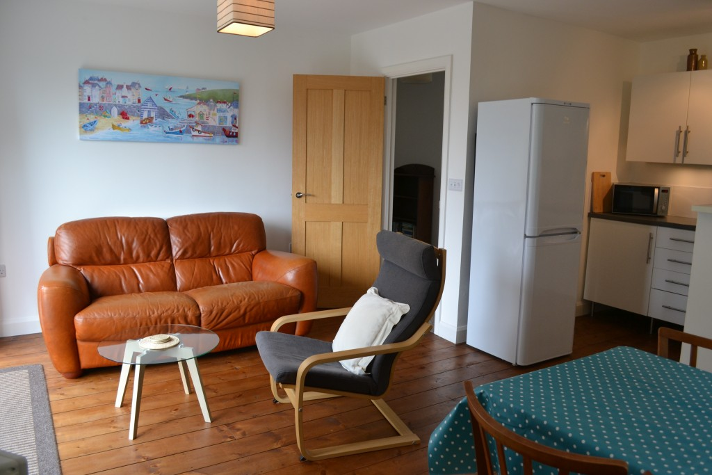 Large open-plan lounge/diner